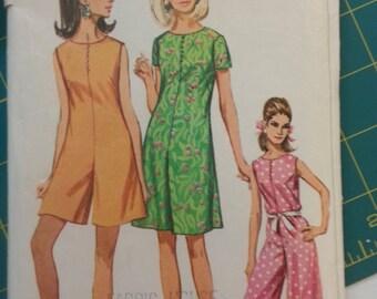 1960s Wide Legged Jumpsuit or Romper 14 Simplicity 7139
