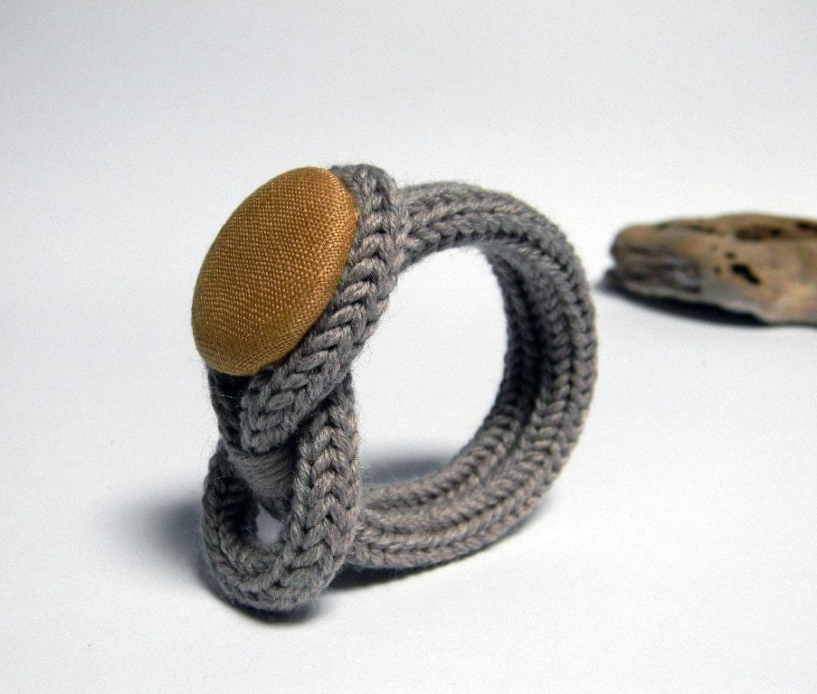 Knot bracelet wool bracelet knitted jewelry taupe and - Bijoux au crochet modele gratuit ...