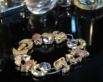 Perfect Resort Bracelet, Beach-Themed Slider, Gold Tone Enamel Figurals, Fun, Great Worn Condition
