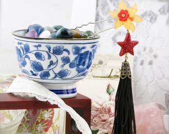Oriental blossom hair fork (HF)