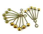 2 - RARE Vintage Art Deco Style Brass Dangle Finding with Swarovski Crystals - Dorado / Gold - 30x21mm