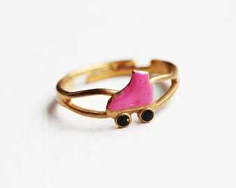 Roller Skate Ring - Blue, Red or Yellow