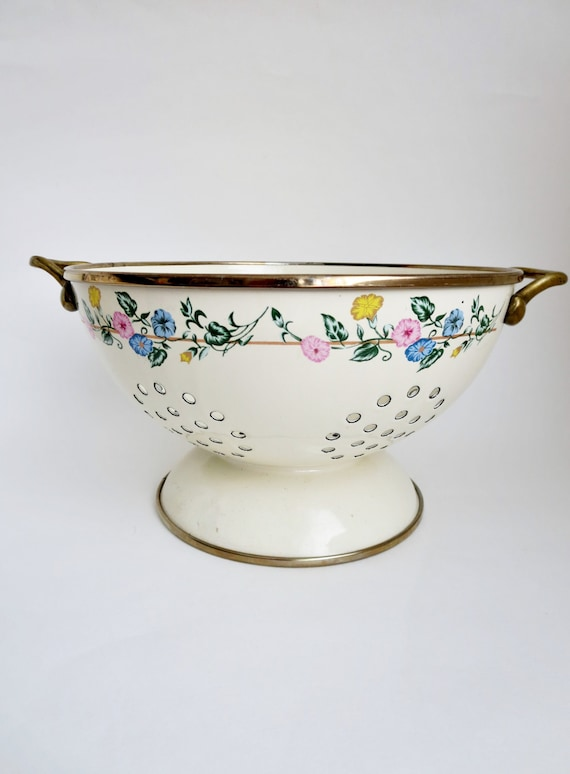 Metal Colander with Brass Handles - Ivory Enamel with flowers Metal Colander