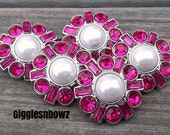 LaRGe RHiNeSToNe/PeaRL BuTToNS 30mm -Set of 5 WHiTe PeaRL with SHoCLiNG PiNK Plastic Acrylic Rhinestone Buttons