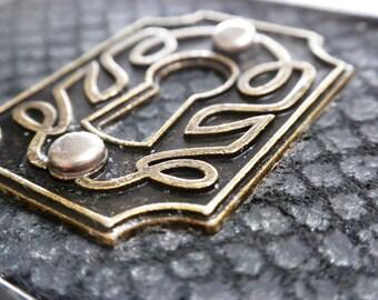 Ready to Ship Fashion Gift Steampunk Belt Buckle Unisex Keyhole Escutcheon