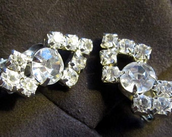 Bridal Jewelry Fabulous Rhinestone Clip  Earrings.. Gift Box JCE18