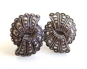 Vintage 80's Avon // Silver Marcasite Fan Clip on Earrings