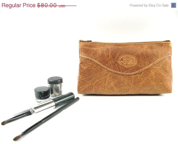 CLEARANCE SALE 50% OFF Cosmetic Make up Case - Purse - Bag - Clutch - in Brown Sugar - Medium size