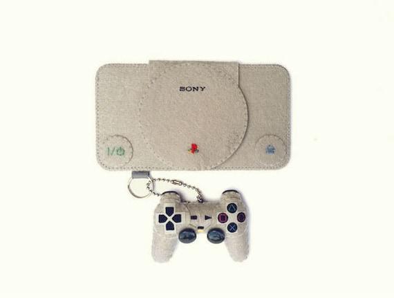 iPhone/Samsung Galaxy/iTouch: Playstation Felt Case