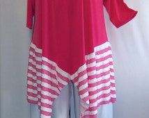 Coco and Juan Lagenlook Plus Size Ruffle Double Point Candy Pink Tunic Top Size 1 (fits 1X/2X) ) Bust 48-50 inches