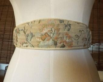 Vintage 80s Floral embroidered Cummerbund style Elastic Cinch belt M Free Shipping