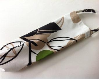 plastic bag holder // dispenser in fun modern fabric // white, tan, black and green // heavy cotton