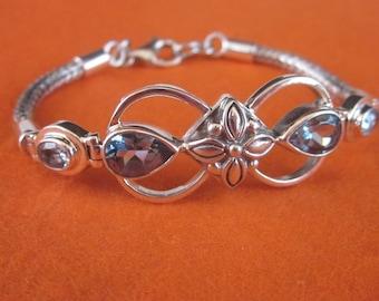 Balinese sterling Silver blue topaz Bracelet / silver 925 / genuine gem / Bali jewelry / 7 inches long