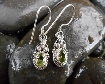 Bali Sterling Silver Peridot Dangle Earrings / 1.20 inch long / Balinese handmade jewelry