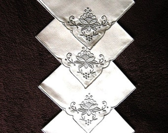 NAPKINS Replacement Napkin Set 4 LINEN Ecru MADEIRA Dark Embroidered Lily Pads