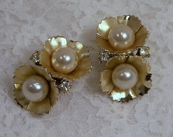 Vintage Gold Rhinestone and Pearl Clip Earrings, Signed Coro, Costume Estate Wedding Bridal Bouquet Jewelry