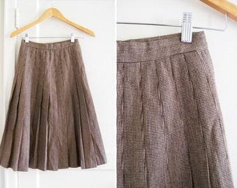 Vintage 70s Pleated Brown Wool Skirt sz Small