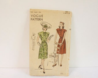 Vintage  women's Dress  - 1940s Vogue One Piece Dress Pattern 5445 size 16