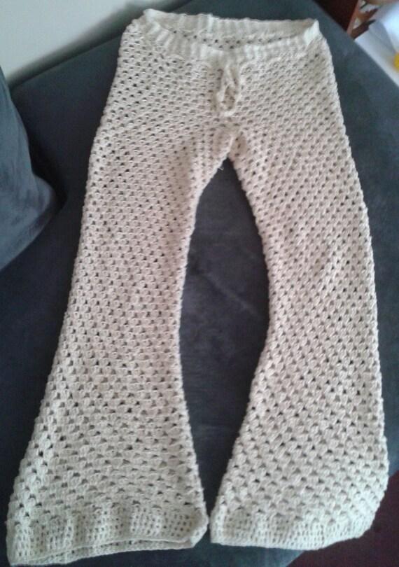 Crochet Pattern Yoga Pants : Universal Shell Crochet Pants Pattern Capri Shorts Granny ...