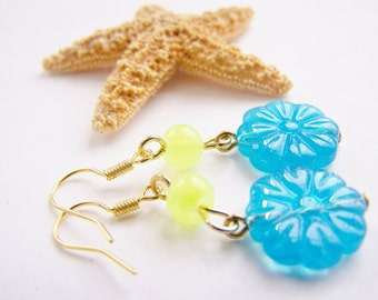 FREE SHIPPING wai - Pressed Glass Flower Earrings - affordable gifts treasures - bright - Summer - gifts - weddings - holiday sparkle