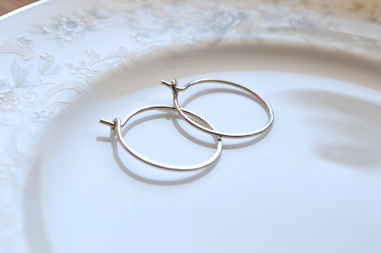 small silver hoop earrings silver earrings hammered hoop. Black Bedroom Furniture Sets. Home Design Ideas
