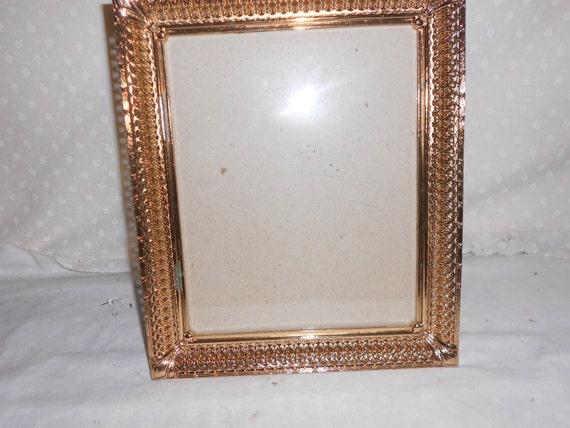 ornate gold tone picture frames 8 x 10 glass. Black Bedroom Furniture Sets. Home Design Ideas