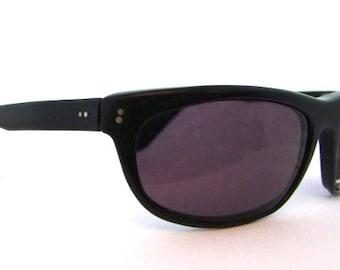 Rare Ray Ban  Sunglasses // Vintage Designer Eyeglasses //  Balorama Black Ebony Wraps // USA // Ray Ban