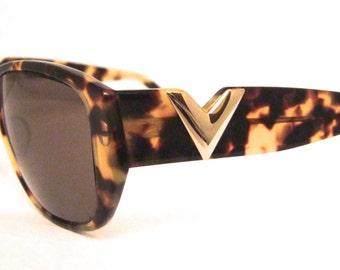 Vintage Valentino Sunglasses // 1990s Designer Eyeglasses // Tortoiseshell // made in Italy // with case // Valentino