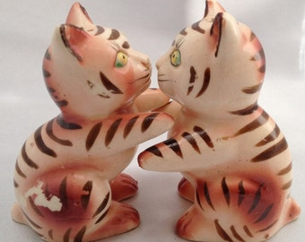 Vintage kitschy Japan hugging kitty cat salt and pepper shakers