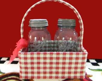 2 Blue Ball Jars in Carrier Basket. 2 Quart Blue Glass Perfect Mason Jars. Wedding Collection. Vintage 4495