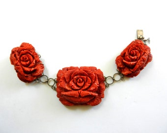 Superb showy red roses bracelet - 1950 Italian -rose carved in spongy coral ,on  925 Silver- rare jewel for the collection--Art.390/3 -