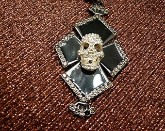 Halloween Goth Crystal Skeleton Skull Cross Day Of The Dead Necklace