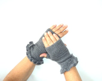 Grey, Belted Mittens, Women, Christmas Mittens, Women Mittens