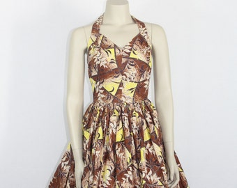 1950s Hawaiian Dress - Vintage Halter Hawaiian Dress - Seaweed and Bamboo Novelty Print - 32 / 24 / full