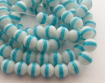 106 Blue and white glass beads B90