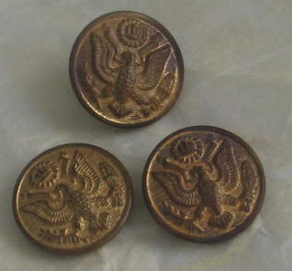 Antique and Vintage Military Buttons