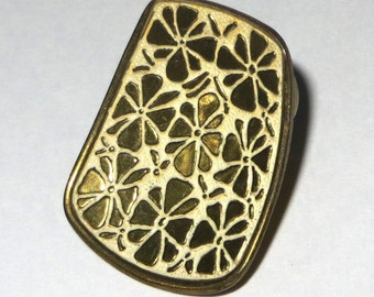 Vintage White and Gold Drawer Pull Single