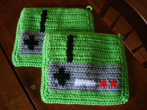 Video Game Controller Potholders - Crochet Green Potholders, Pot Holders, Hot Pad, Trivet Set - Gift for Geek - Video Game Nerd - Men & Boys