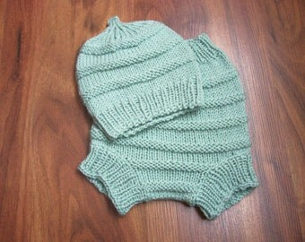 Hand Knitted Wool Diaper Cover with matching Hat Baby Diaper Cover Wool Baby Wool Soaker diaper set size Medium 6 - 12 mon READY TO SHIP