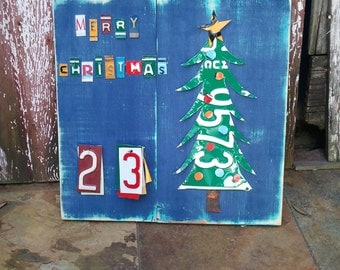 Funky CHRISTMAS TREE  CHRISTMAS Advent Calendar - Teal Red Awesome Christmas Countdown - Recycled License Plate Art Upcycled Artwork