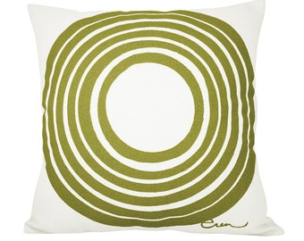 SUN 20in Pillow in Olive