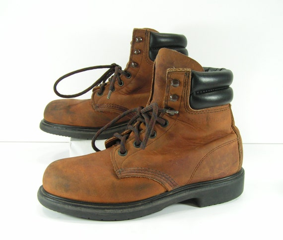 Beautiful Size 6 12 B Women39s Vintage Red Wing Boots Shorty Rubber