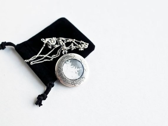 Sale, Snowflake Locket, unique holiday gift idea, Silver, Gray, jewelry, real snowflake photo