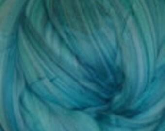 Beautiful Cyan Ashland Bay Fusion Superfine Merino Top