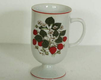 strawberry footed coffee cup made in japan