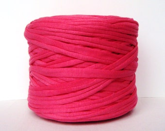 Pink T-Shirt Yarn, Cotton T-Shirt Tricot, Fabric Jersey Ideal for Necklaces, Bracelets, Rugs and Bags - 2,7m/3 yards (1 piece)