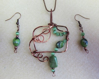 Green stones Free Form wire wrapped Pendant necklace and earring set w/ antique Copper non tarnish