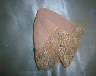 Silk hankie with silk lace and embroidery antique