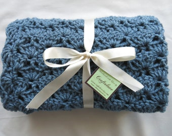Crochet baby blanket - Baby Boy Blanket- Teal Blue Shells Stroller/Travel/Car seat blanket- Baby boy shower gift- Baby blanket