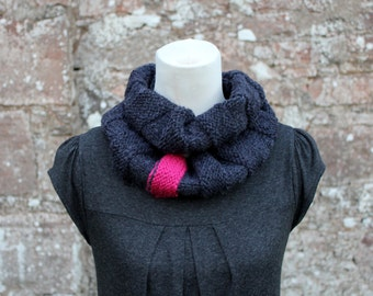SCARF knitted chunky womens, Charcoal crinkle infinity loop scarf with stripe in pink, knitwear UK